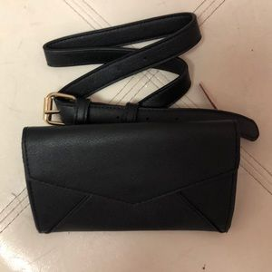 NWT Mossimo Black belt purse/ wallet